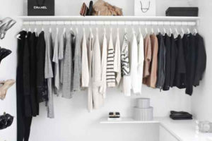 De 7 onmisbare items in je garderobe